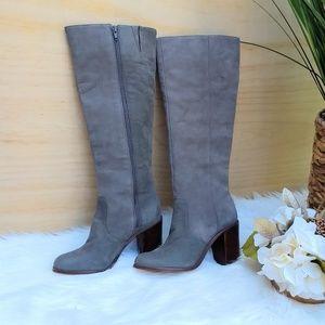 Gianni Bini grey leather boots